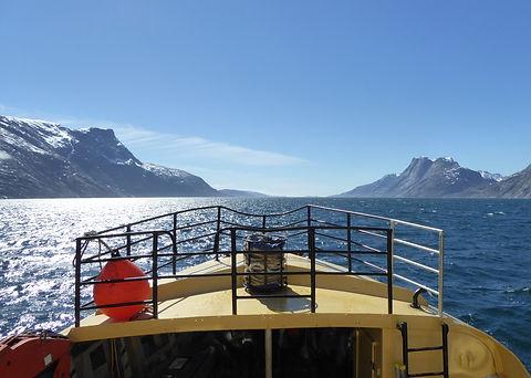 Kisaq in fjord