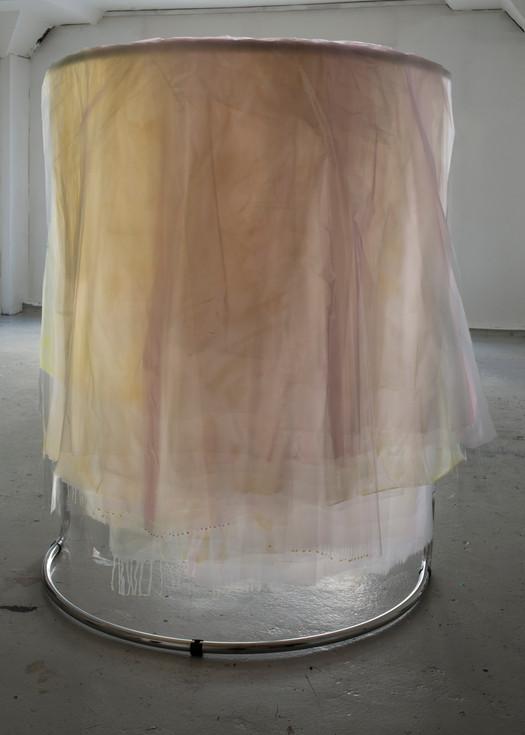 TRANSIENT(II) 2014, acrylic, plastic, shopping rack, 175 x 100 x 75 cm, foto: Thor Brødreskift
