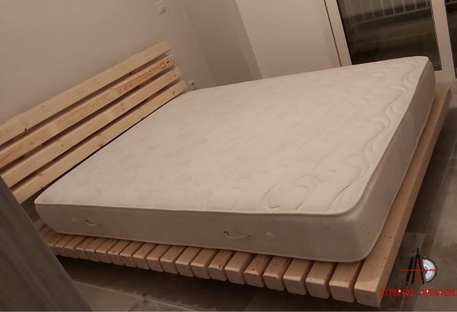 Διπλό κρεβάτι με παλέτες
