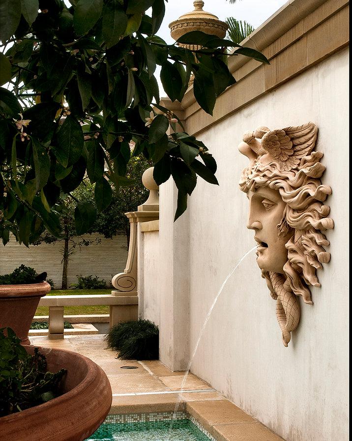 Tate-New-Orleans-6478-pool-statue-fountain-Instagram-1080.jpg