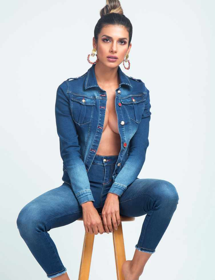 Jeans CR_Page_10_Image_0003