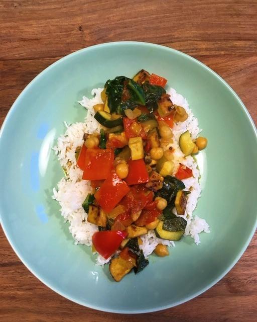 Issbewusst_Gemüse auf Reisbeet vegan