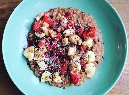 Buchweizen-Haferflocken-Porridge