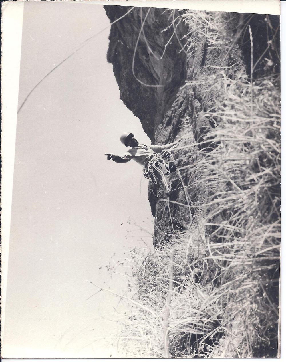 Duke's Nose 800' Climbing Expedition - April 1985