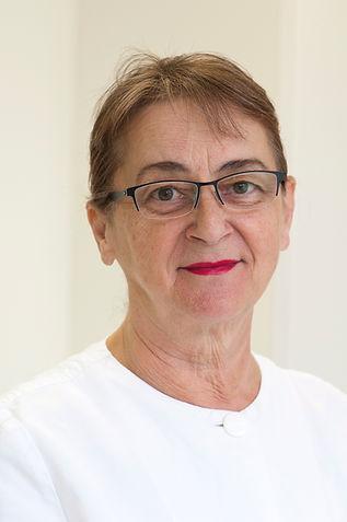 Branka Tomljenovic senior, Assistenzzahnärztin