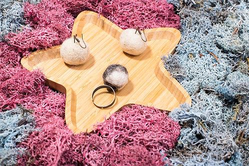 Cercei și inel din lână