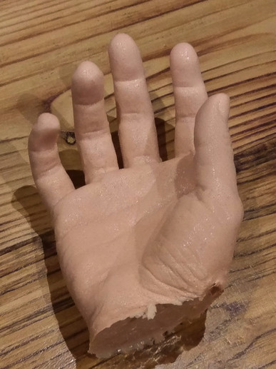 'Chopped Off' Prosthetic Hand