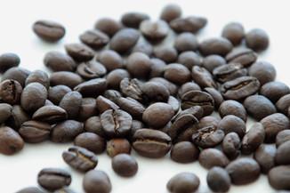 Suplemento de café verde ajuda a queimar gordura e emagrecer