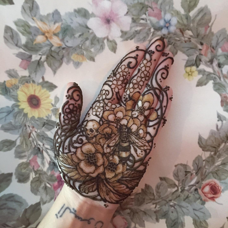 vintage floral henna