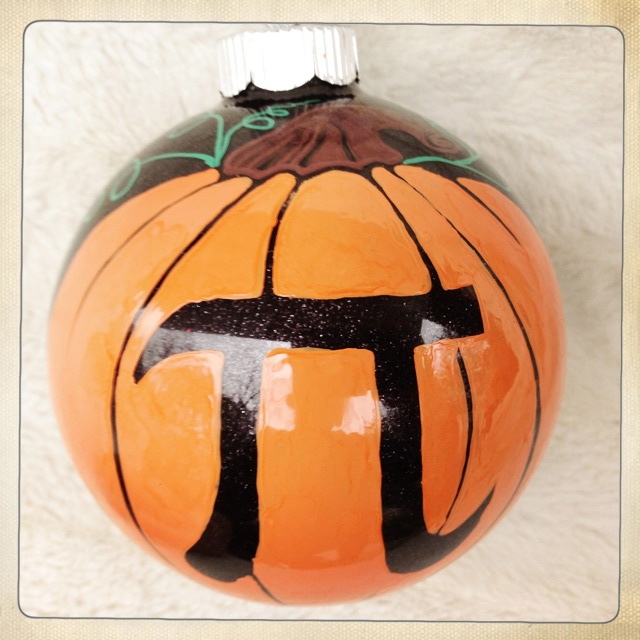 free hand pumpkin pi ornament