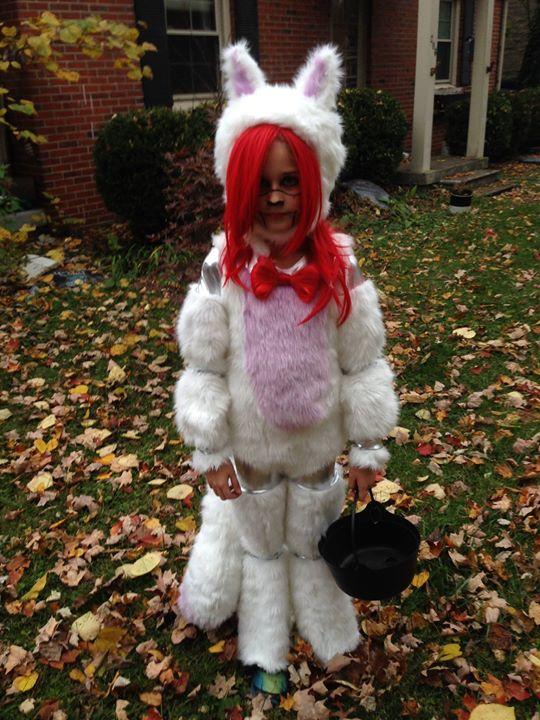 Mangle costume