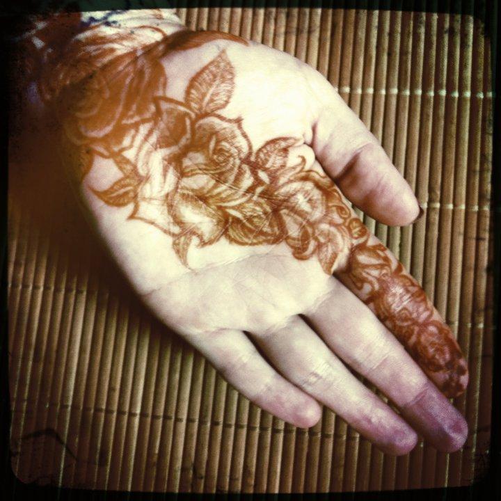 rose henna stain