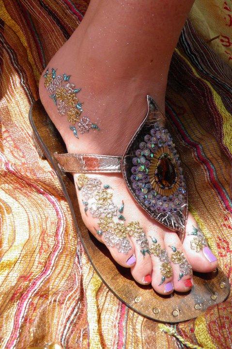 glitter on top of henna paste
