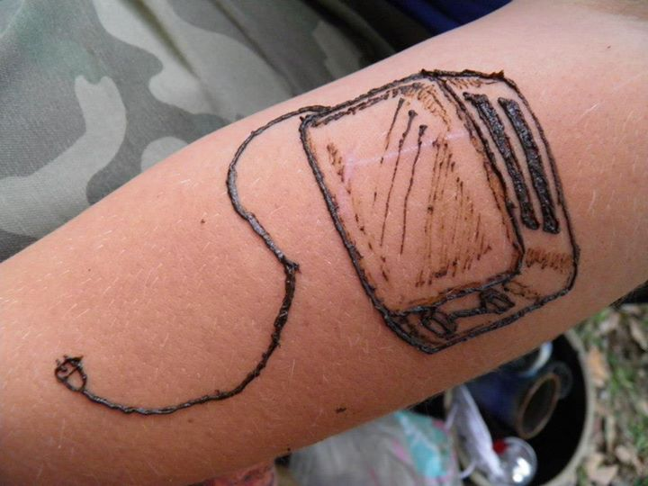 toaster henna