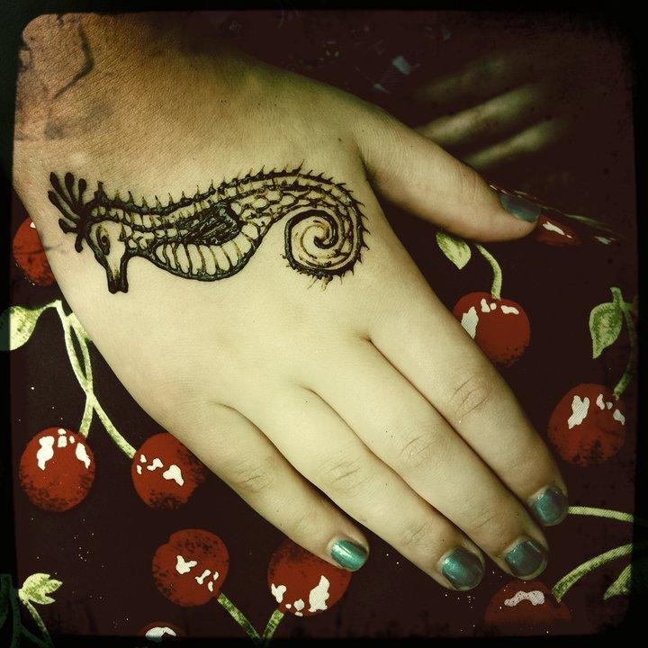 seahorse henna