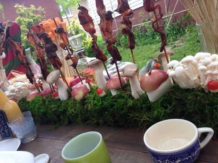 bacon forest table decoration