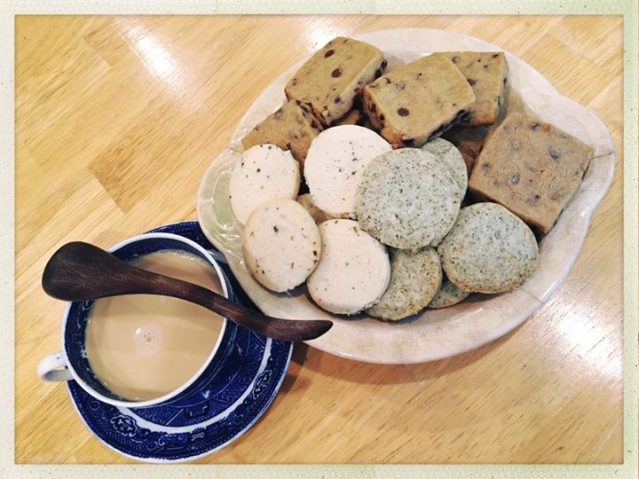 lavender shortbread, earl grey, and choc