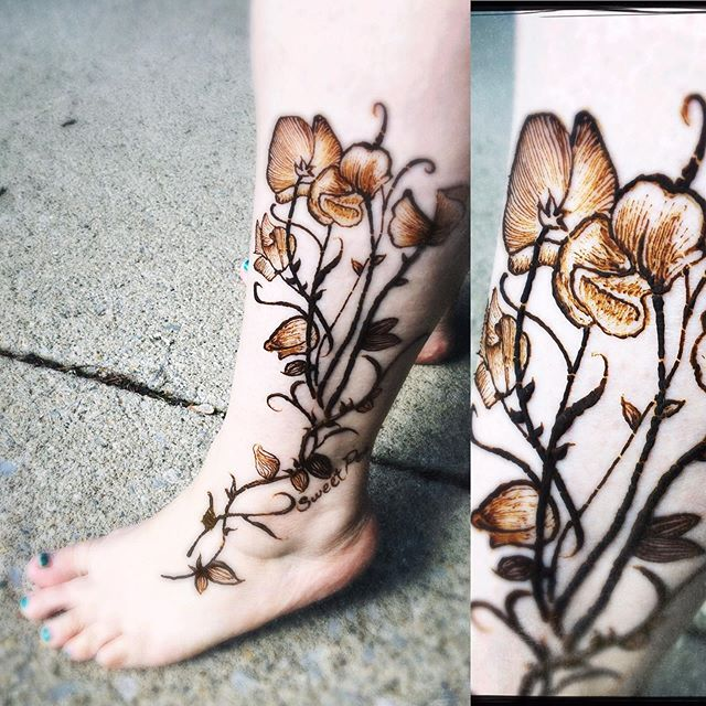 Sweet pea flowers henna
