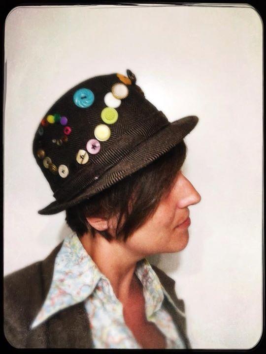 vintage button hat