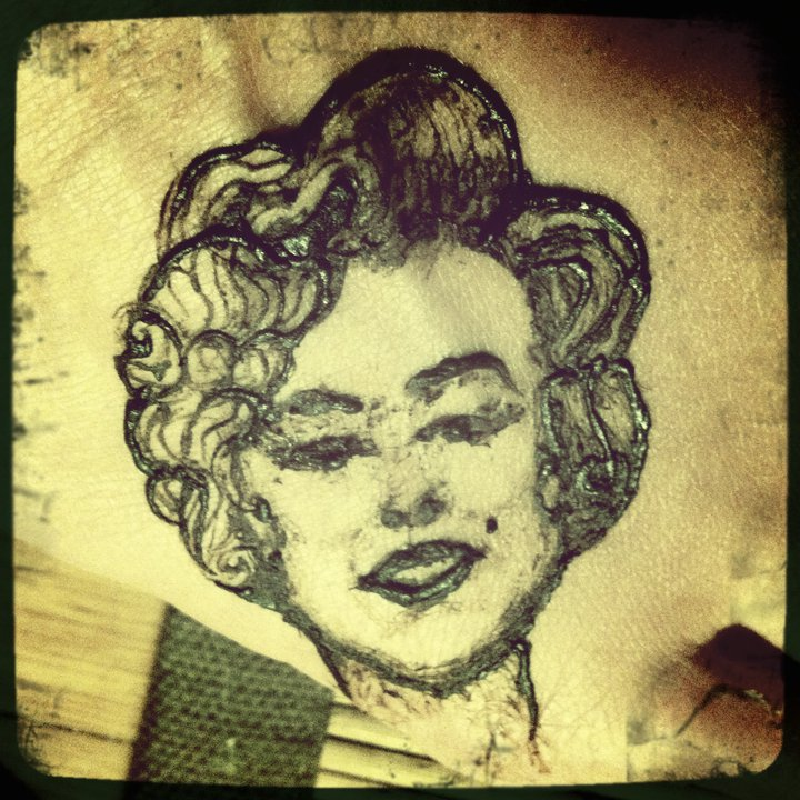 2 inch Marilyn Monroe portrait