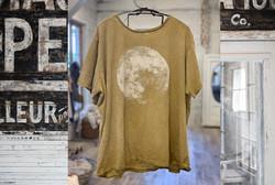 Moon T (Marigold)