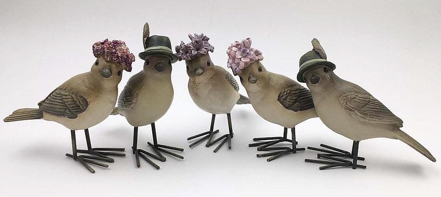 Vogel mit Hut