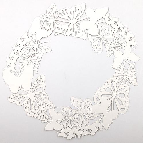 Schmetterling Kranz Papier in naturweiss