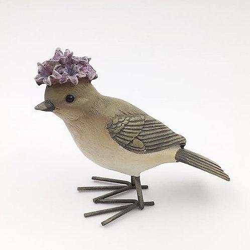 Vogel Frau mit Blütenhaube violett