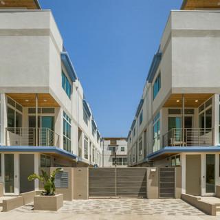 46 unit condominium building in Los Ange