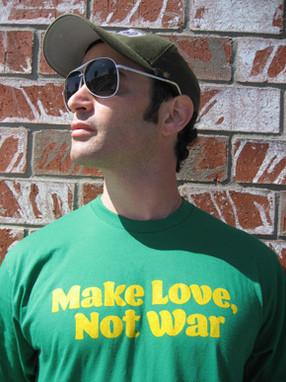 03SITM-Make-Love-Not-War-T-front.jpg