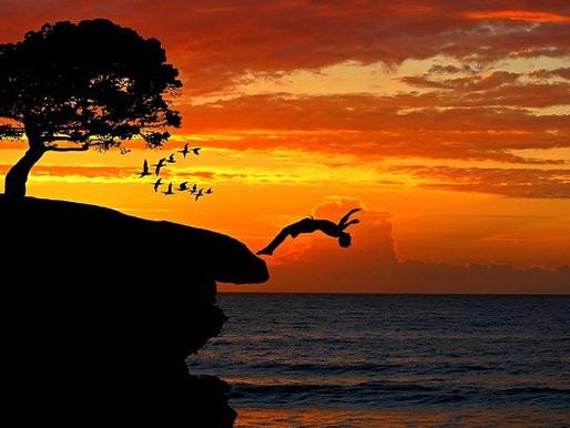 Odvaha Vybrať si Seba,Odvaha Presiahnuť mentalitu Nedostatkov a Skákať v Čase,Výmaz Pamäte-Identít