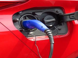 Sprzedaż samochodów elektrycznych w Europie w pierwszym półroczu