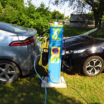2 Zlot Samochodów Elektrycznych i Hybrydowych - Stoisko FEM