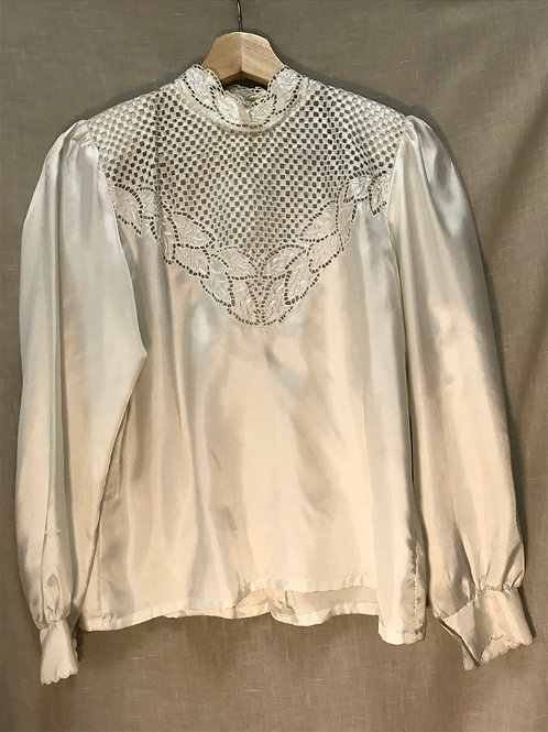 White Lace Top (Size M)
