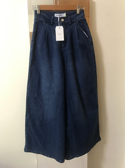 The Editor's Market Wide-Leg Jeans (Size S)
