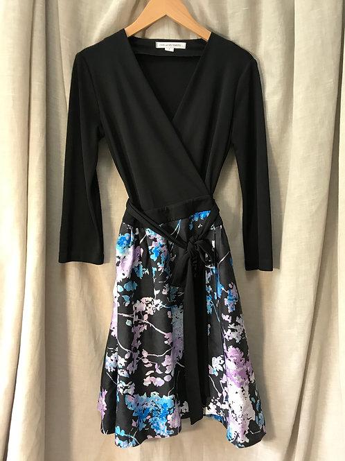 Diane Von Furstenberg Wrap Dress (Size XS)