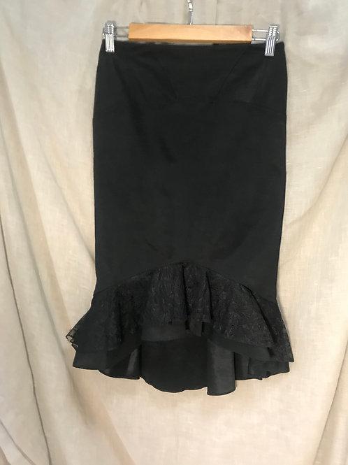 Amazone Black Ruffled Pencil Skirt (Size S)