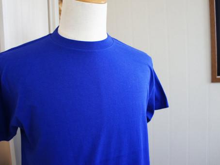 サッカーの応援は「ジャパンブルー」色のTシャツで♪