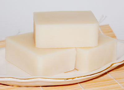 Top eight reasons to make the switch to solid shampoo bars