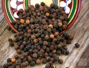 Natural Cures and Home Remedies - BLACK PEPPER