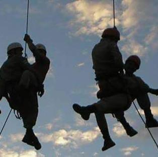 Aulas práticas de Resgate em Alturas.