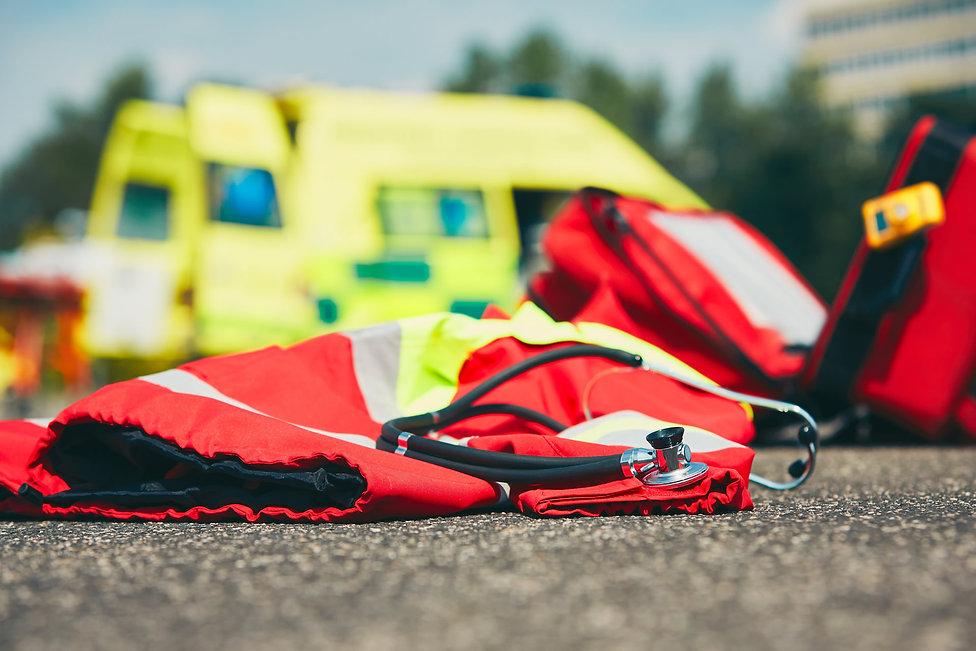 emergency-medical-service-PDXKAJU.jpg
