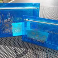 11€50 la grande pochette bleue CAC7517