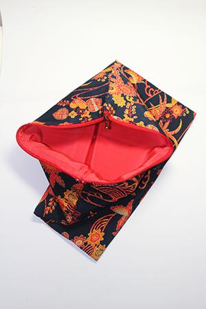 着物素材でリメイクしたクラッチバッグ|シリーズ1