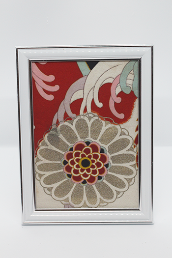 Photo frames utilizing kimono materials | Series 9