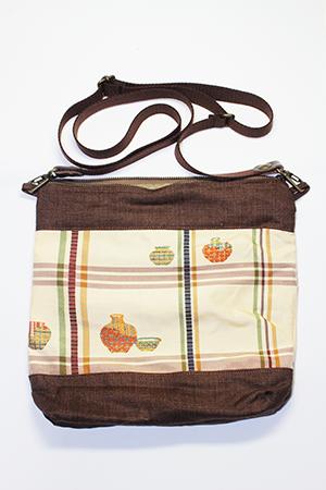 着物素材でリメイクしたバッグ|シリーズ2