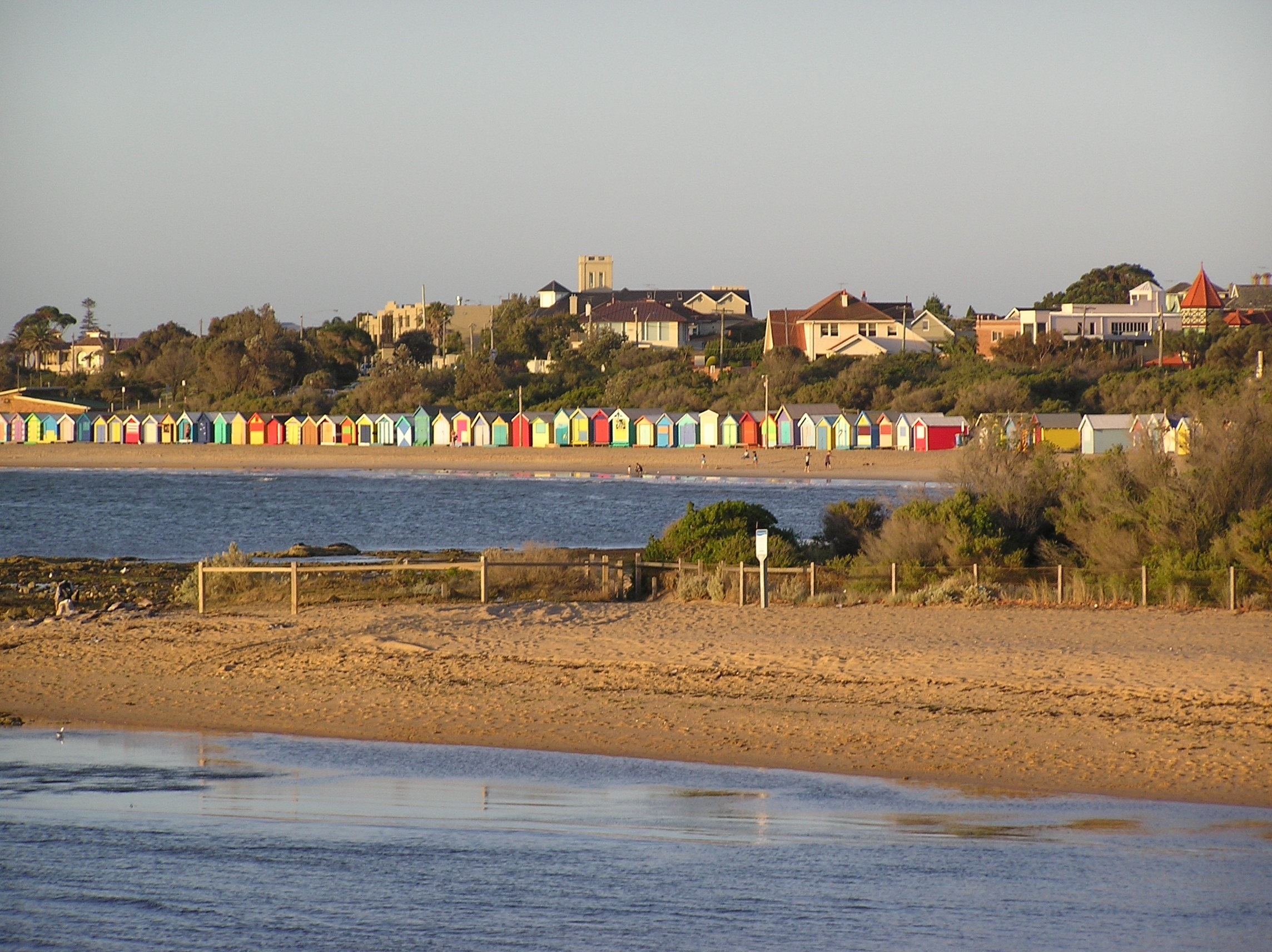 Boat_Houses_at_Brighton_Beach.jpg