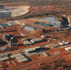 DeGrussa_Copper-Gold_Mine_and_surface_in