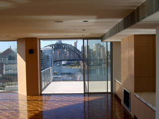 Milsons Point Residence