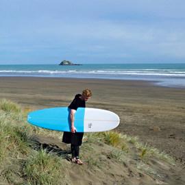 surf-minimal-beachsq_2048x_2x.jpg